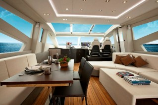 Luxury yacht Schaefer 800 - Saloon
